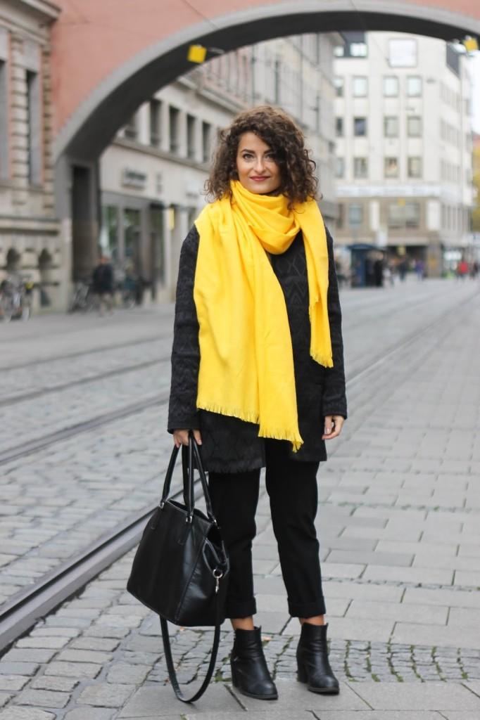 beautiful yellow scarf outfit pattern